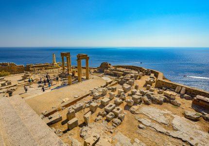 rodos grecia- sfatulparintilor.ro- pixabay_com - lindos-2059093_1920