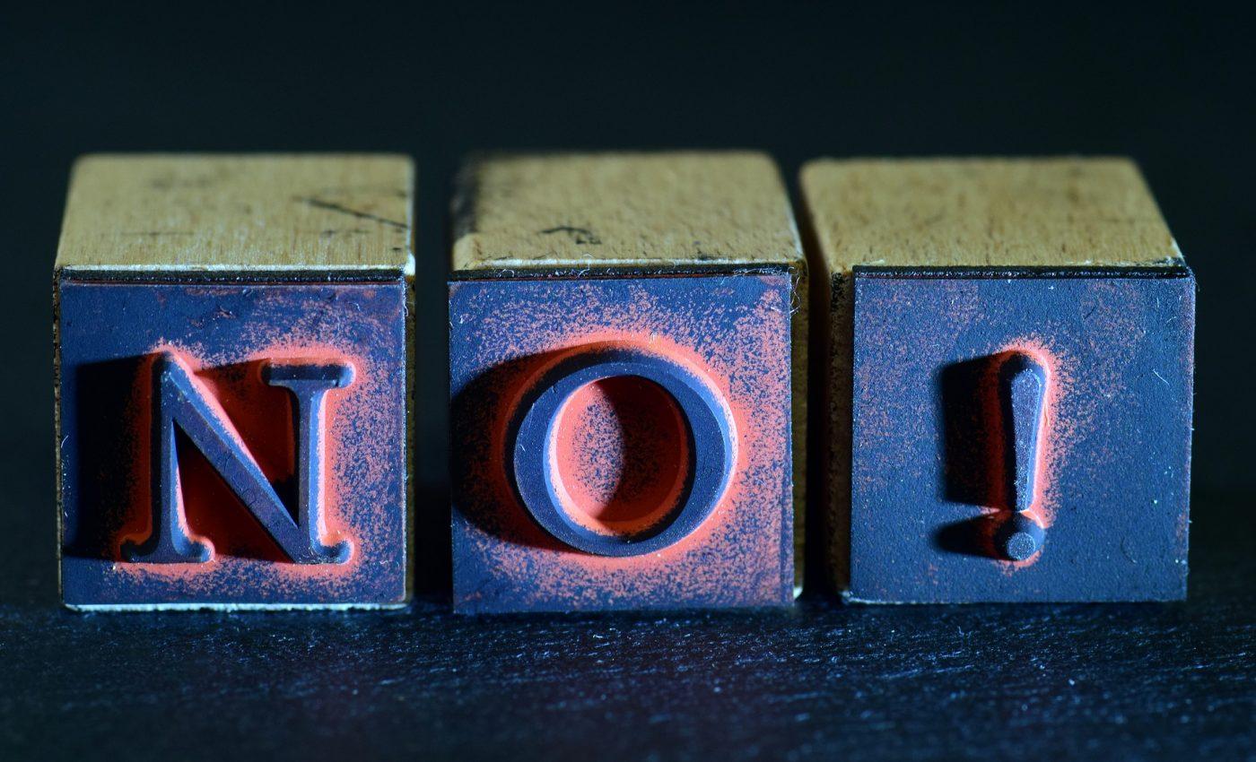 cum sa spui NU - sfatulparintilor.ro - pixabay_com - no-3442954_1920