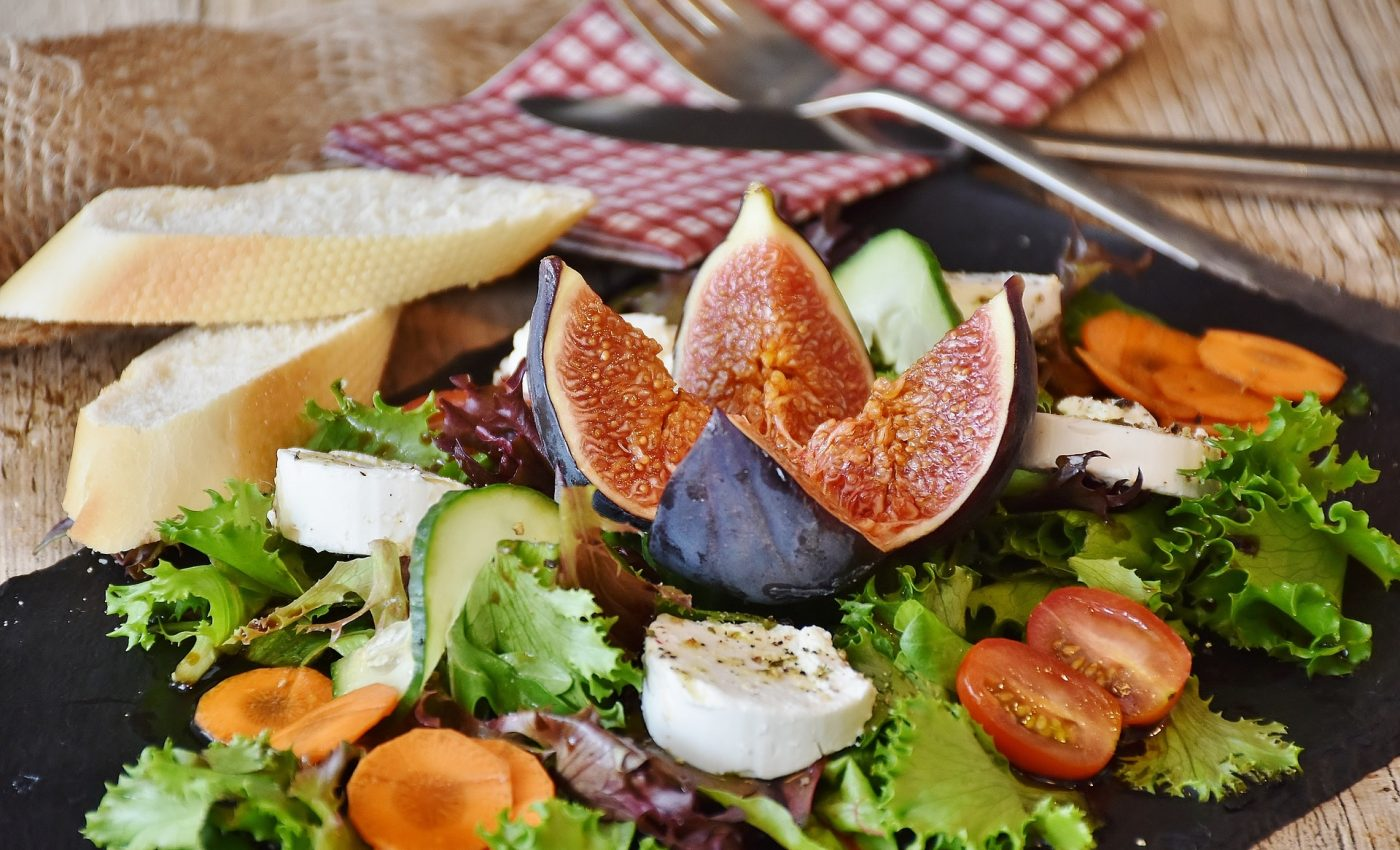 retete rapide - sfatulparintilor.ro - pixabay_com - salad-1672505_1920