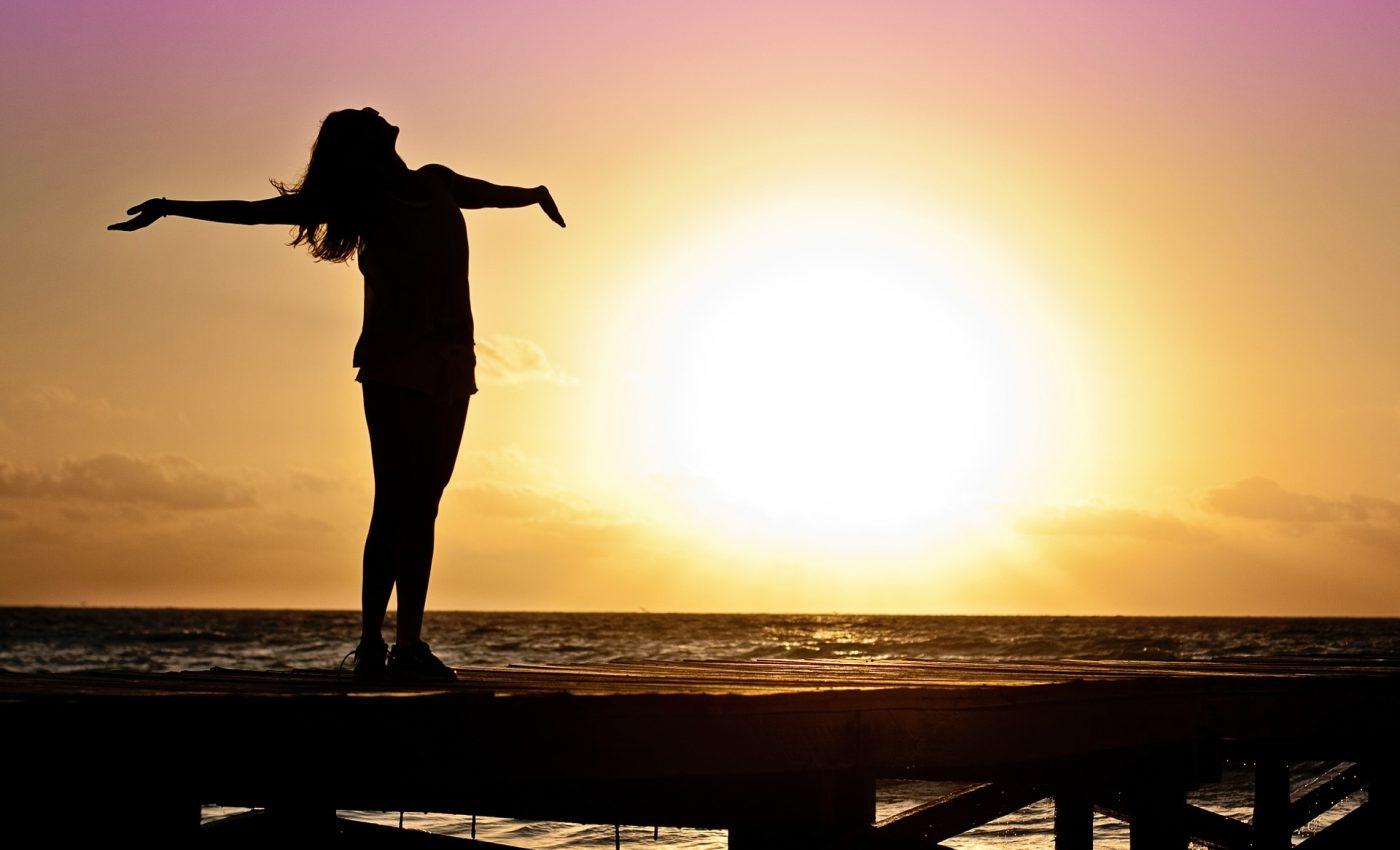 semne ca viata se va schimba - sfatulparintilor.ro - pixabay_com - woman-591576_1920