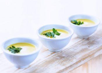 supa 52 catei de usturoi - sfatulparintilor.ro - pixabay_com = food-healthy-soup-leek