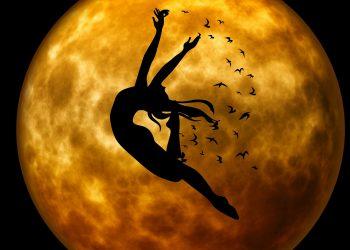 venus in rac - sfatulparintilor.ro - pixabay_com - evening-959027