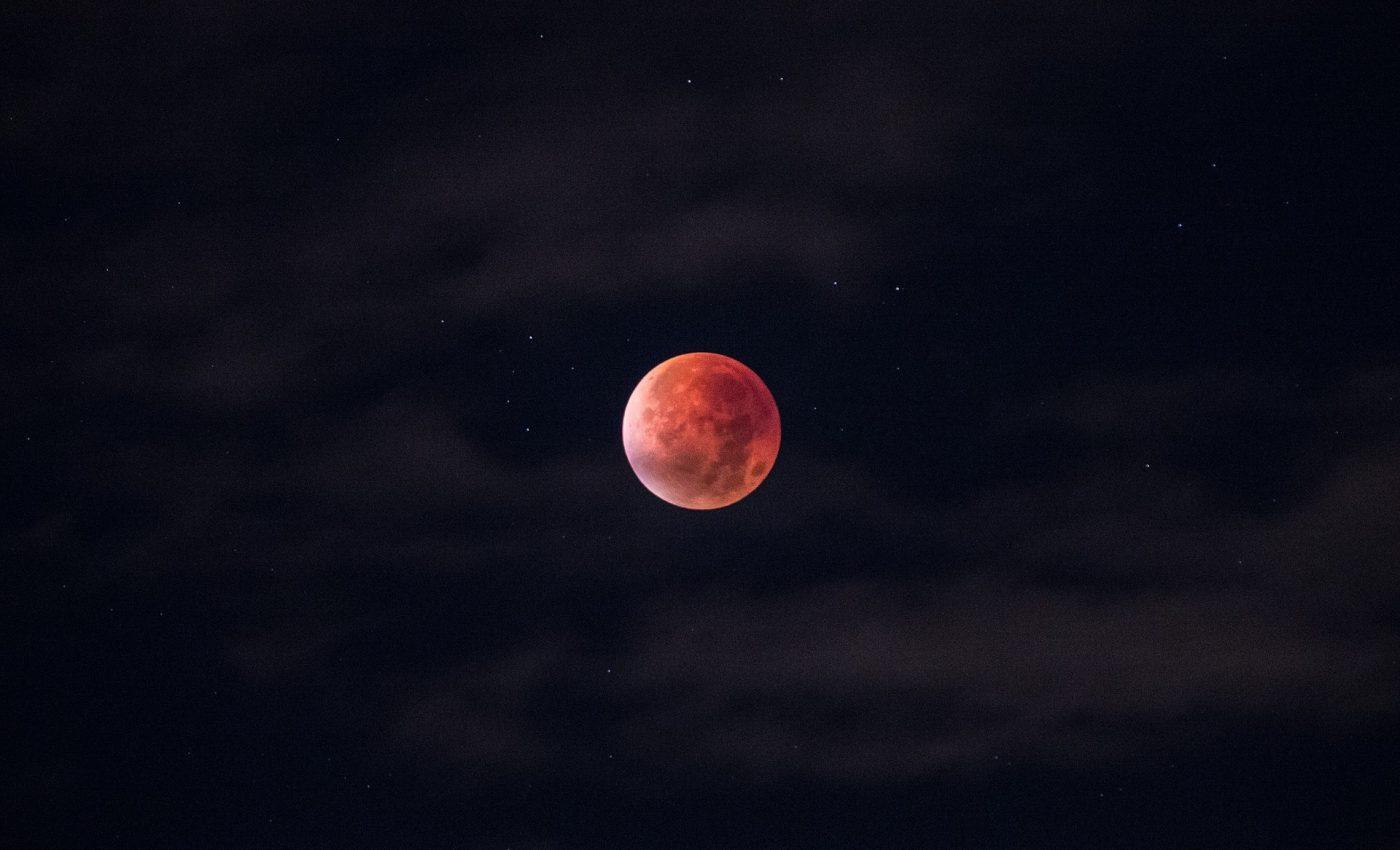 Eclipsa de luna 2018 - sfatulparintilor.ro - pixabay_com - lunar-eclipse-962802_1920