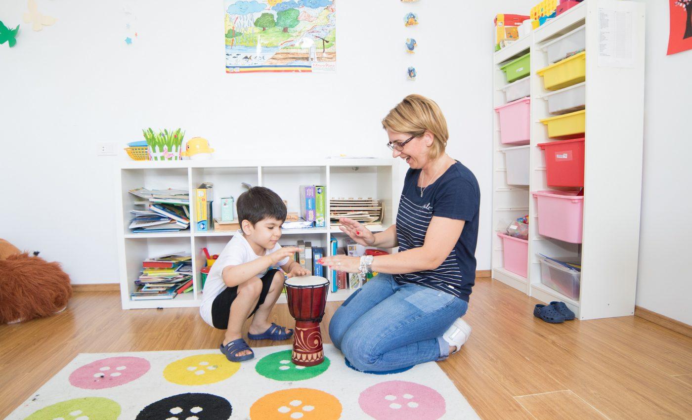 Cursuri gratuite pentru parintii copiilor cu autism