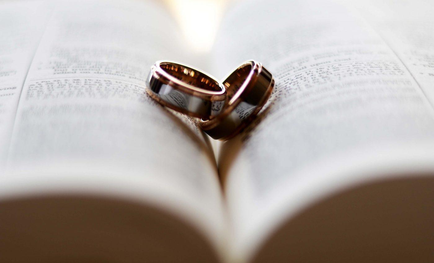 cei mai buni soti - sfatulparintilor.ro - pixabay_com - ring-2407552_1920