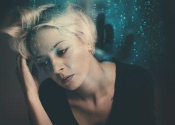 persoane care te scoti din minti - sfatulparintilor.ro - pixabay_com - woman-3351794_1920