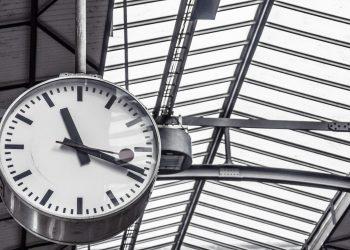 spre ce te grabesti - sfatulparintilor.ro - pixabay_com - departure-542550_1920