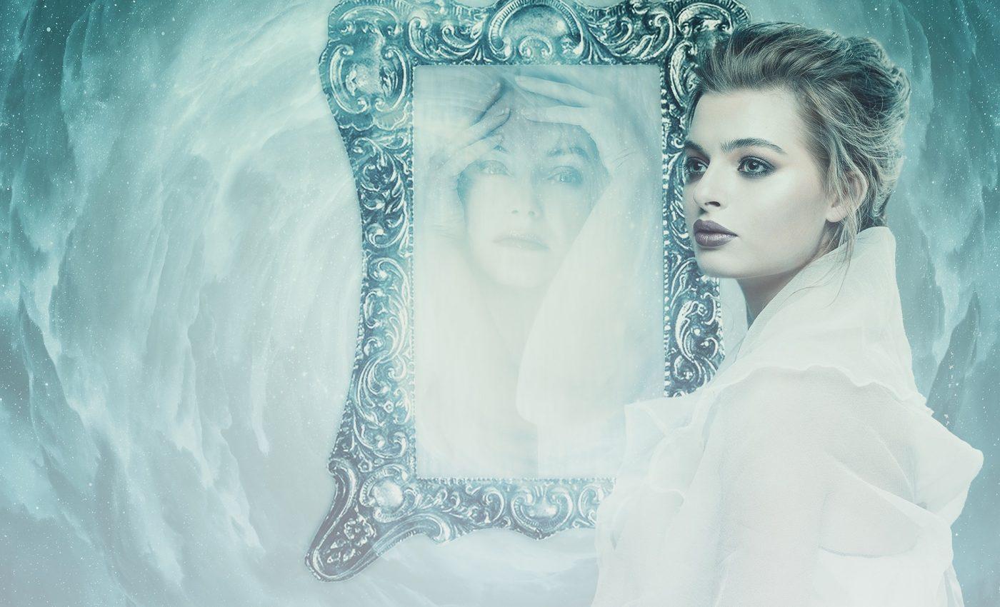 cele 7 oglinzi eseniene - sfatulparintilor.ro - pixabay_com - woman-3092412_1920