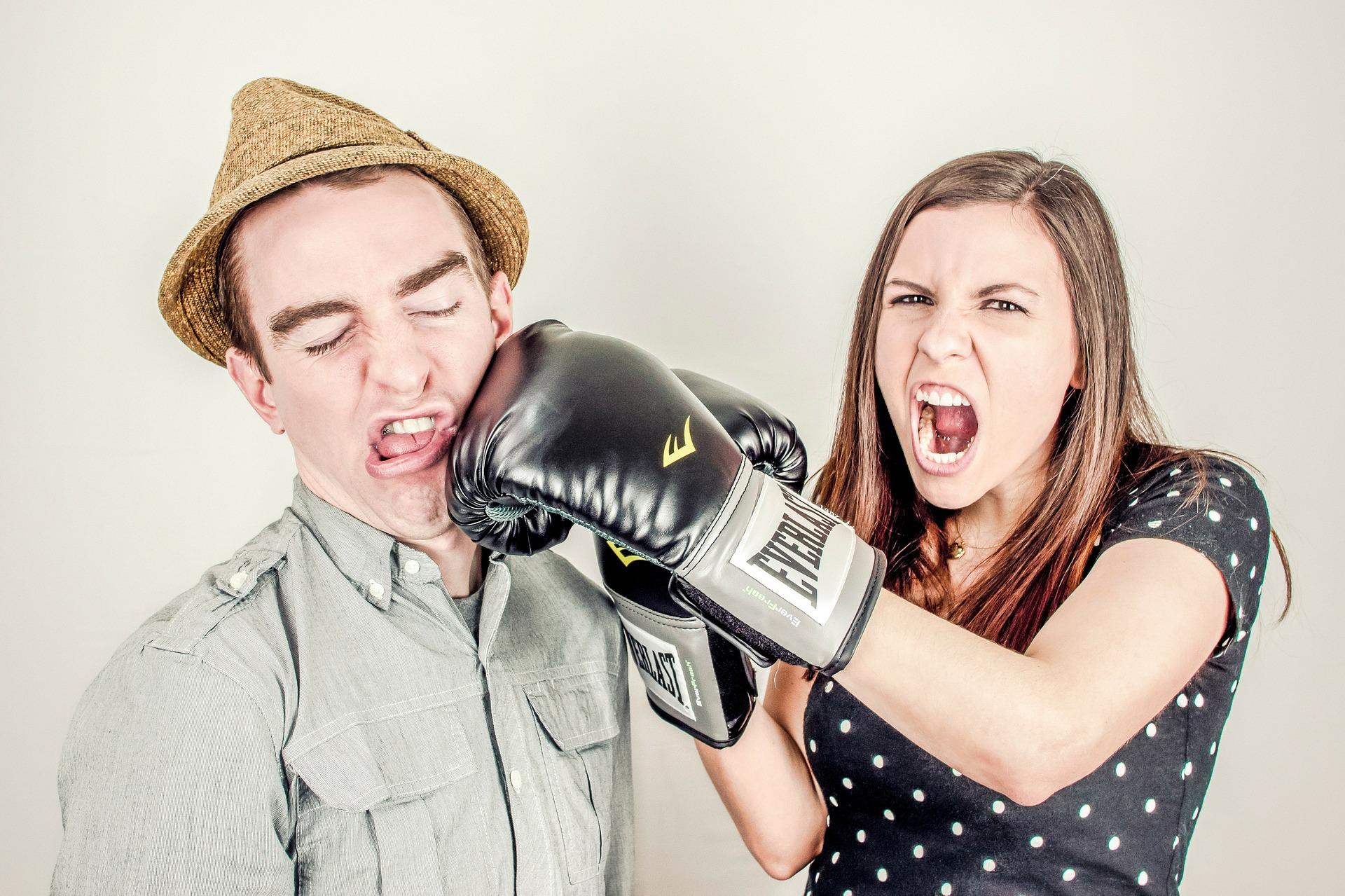 obiceiuri toxice cuplu - sfatulparintilor.ro - pixabay_com- argument-238529_1920