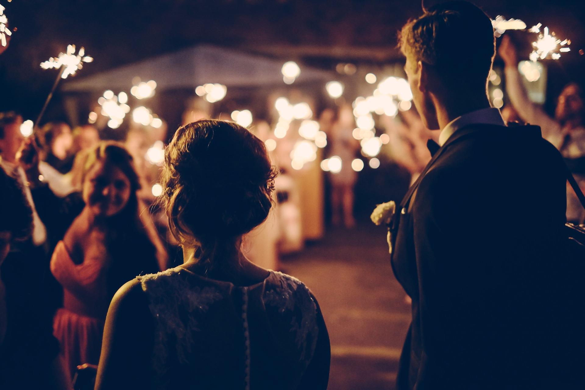 reguli cupluri casatorite