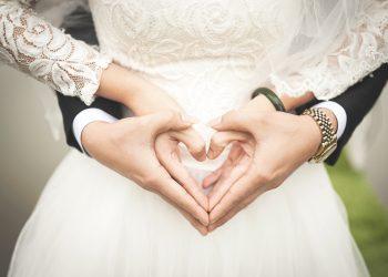 Ce semnificatie are aniversarea nuntii de la 1 la 100 de ani. Ce cadou sa cumperi sarbatoritilor
