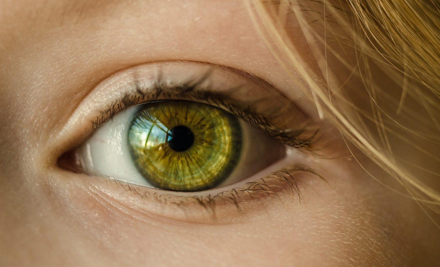 SALAZION - sfatulparintilor.ro - pixabay_com - eye-1132531_1920