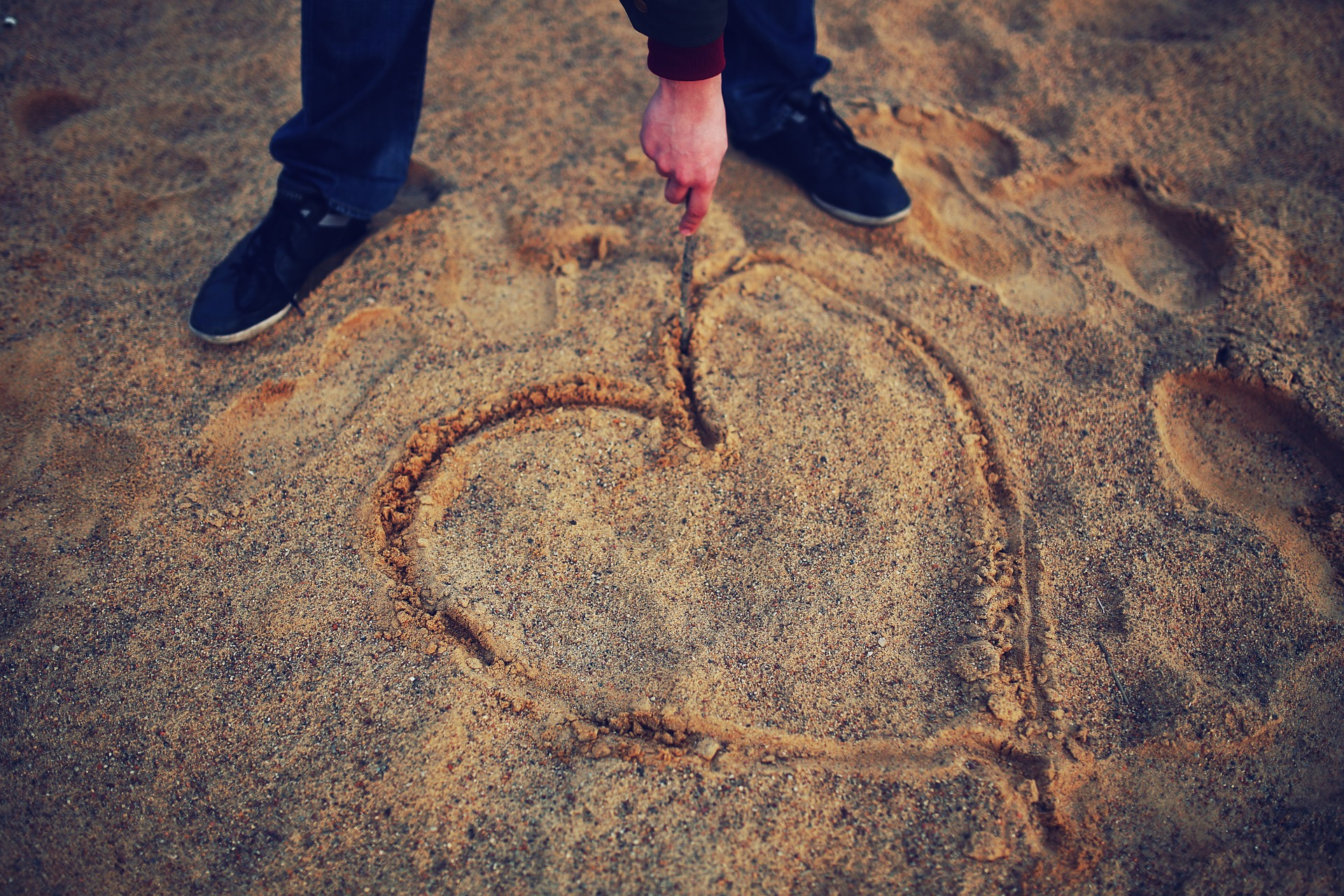 valentine's day - sfatulparintilor.ro - pixabay_com - heart-791870_1920