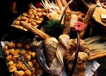 alimente care taie pofta de mancare - sfatulparintilor.ro - pixabay_com - bread-4061143_1920