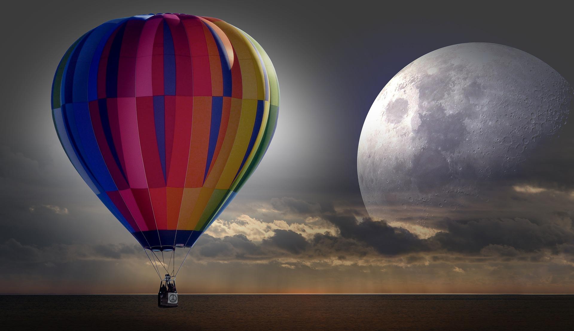 horosocp saptamanal - sfatulparinitlor.ro - pixabay_com- balloon-2330927_1920