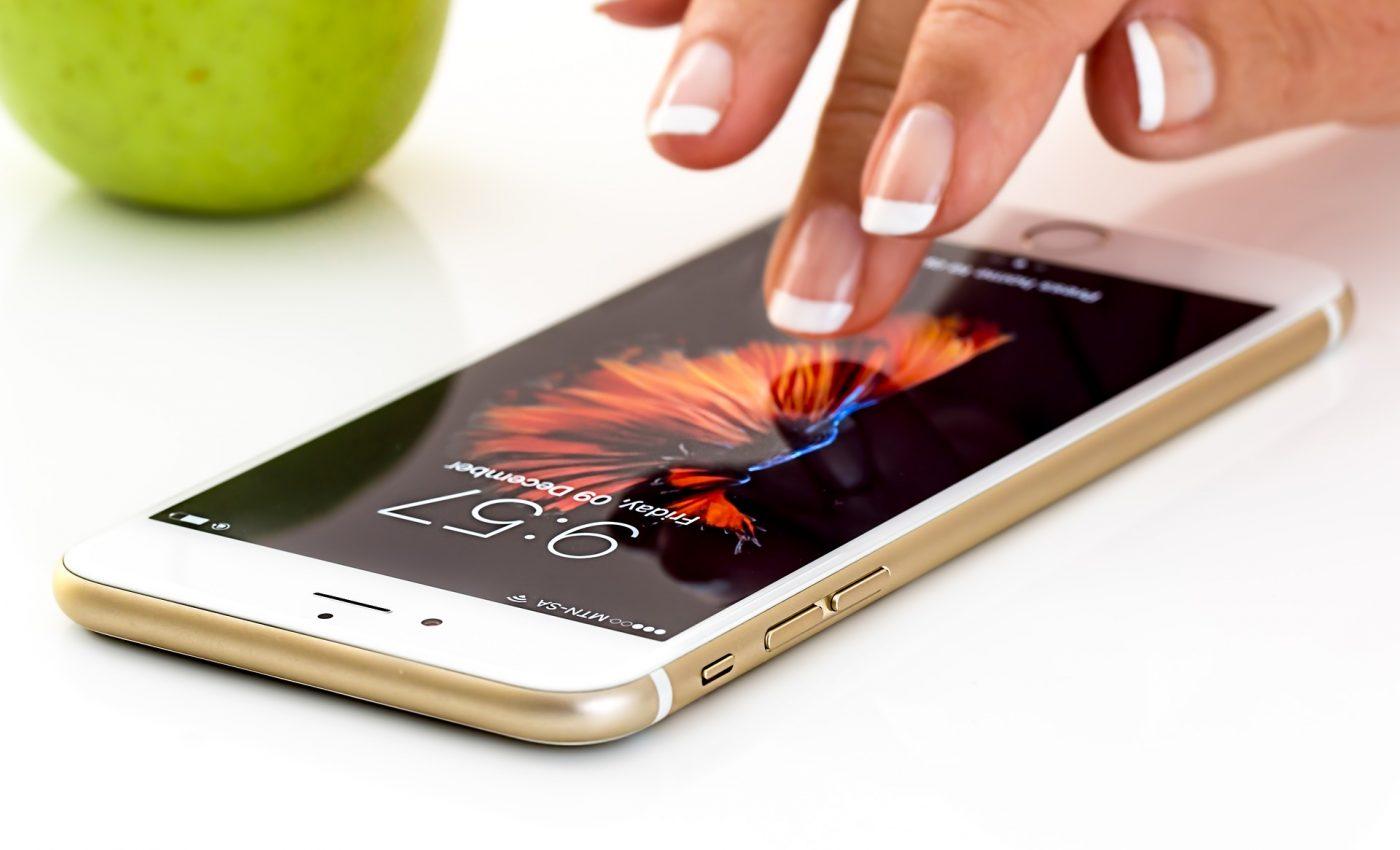 inregistrare apel - sfatulparintilor.ro - pixabay_com - smartphone-1894723_1920