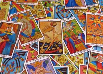 horoscop tarot - sfatulparintilor.ro - pixabay_com - fortune-telling-2458920_1920