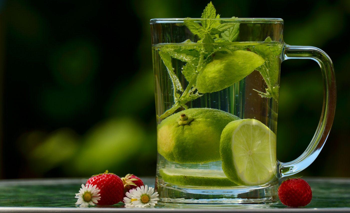 vine canicula - sfatulparintilor.ro - pixabay_com - water-1487304_1920