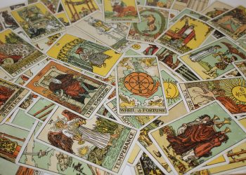 horoscop tarot - sfatulparintilor.ro - pixabay_com - craft-2728227_1920