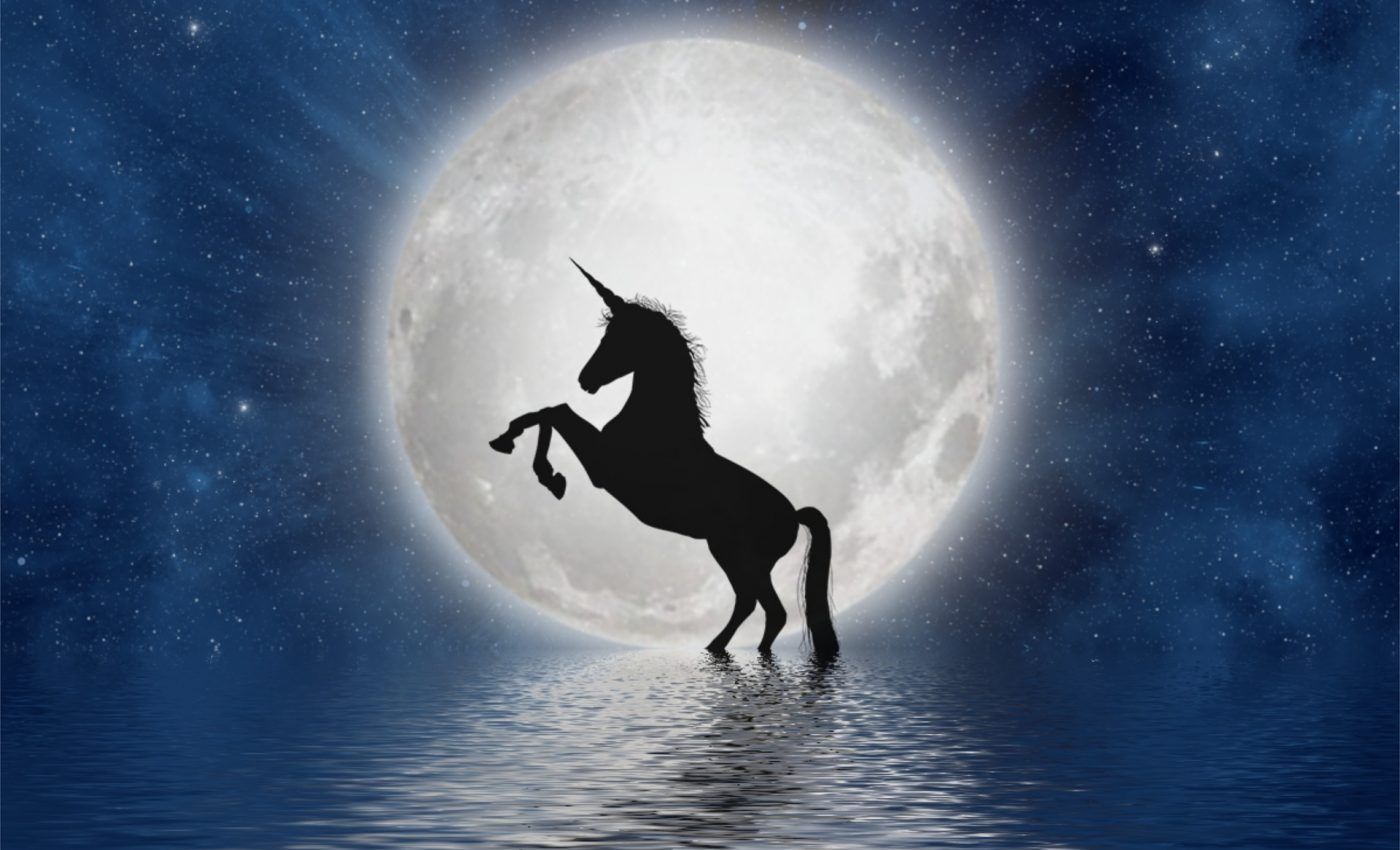 luna plina in taur 2019 - sfatulparintilor.ro - pixabay_com - unicorn-3909694_1920