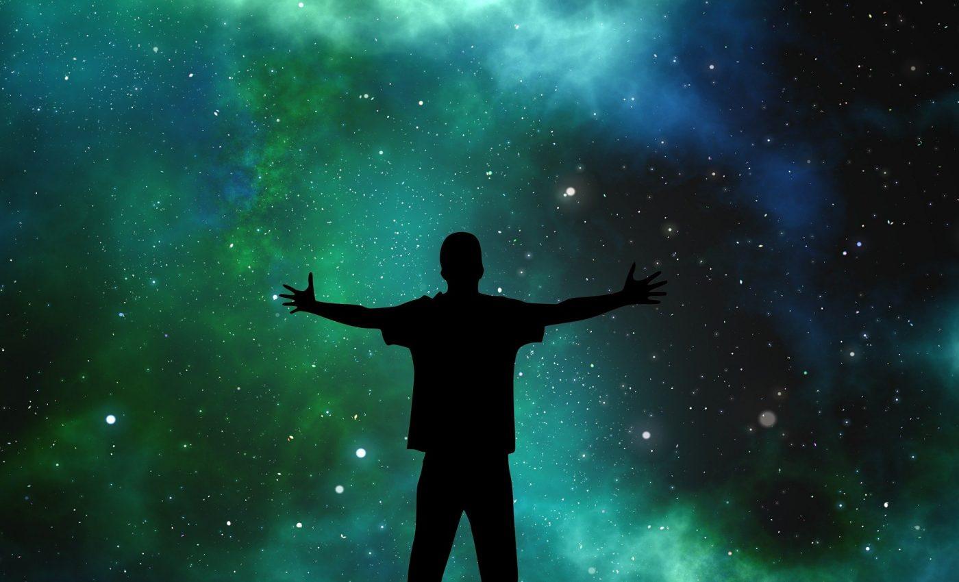 soare in sagetator 2019 - sfatulparintilor.ro - pixabay_com - universe-1044107_1920
