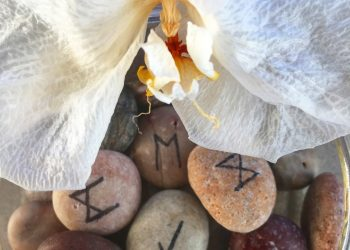 RUNE pentru zodii, mesaj MARTIE 2020. Ce cadou anunta pietrele magice la inceput de primavara?