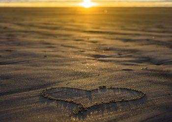 horoscop lunar dragoste -sfatulparintilor.ro - pixabay_com - heart-4033775_1920