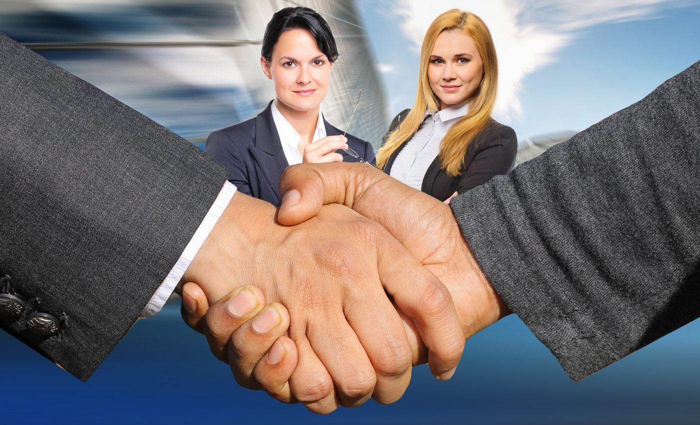 medierea conflictelor - sfatulparintilor.ro - pixabay_com - shaking-hands-3098690_1920