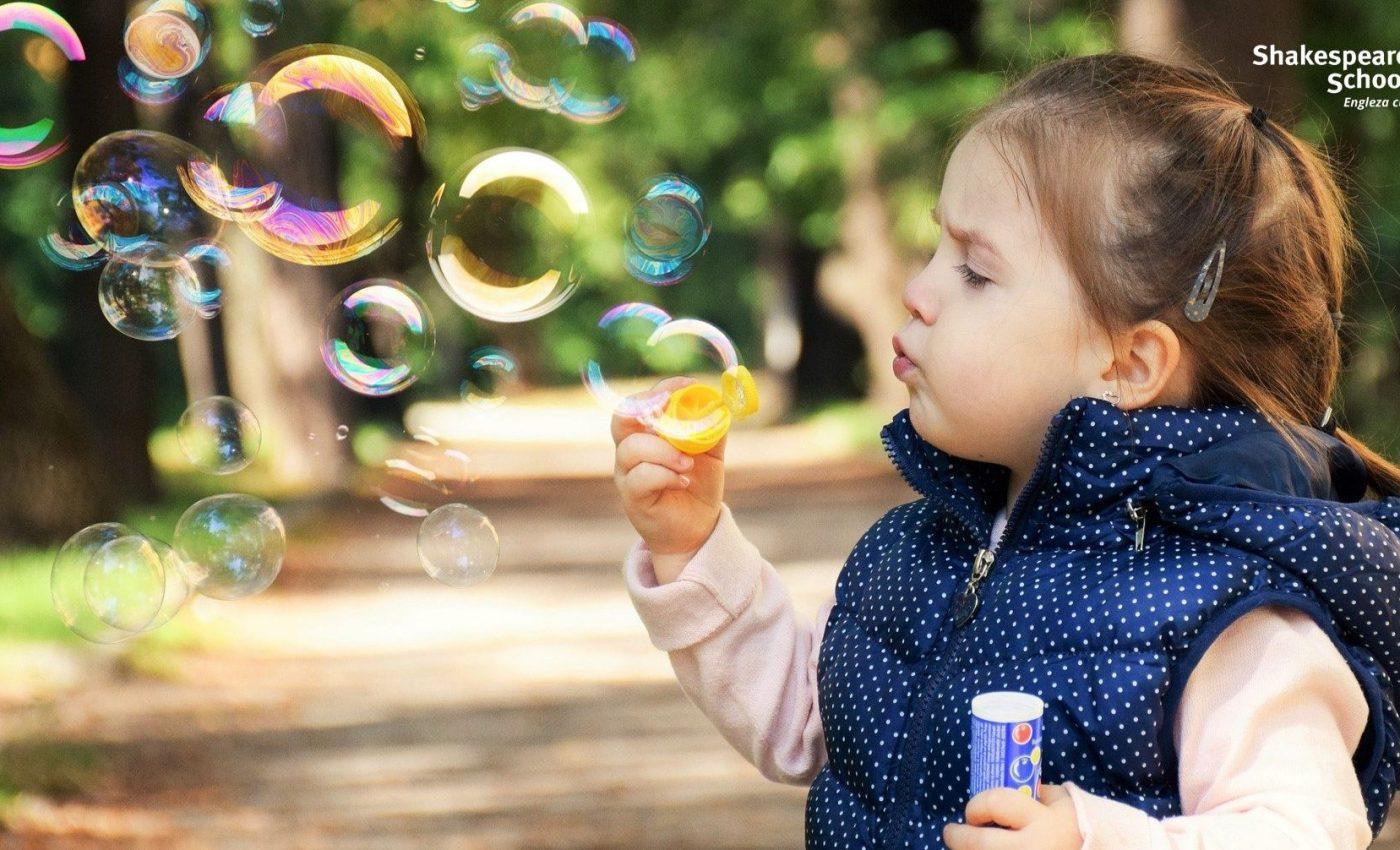 Cum îi ajutăm pe copii să gestioneze corect emoțiile