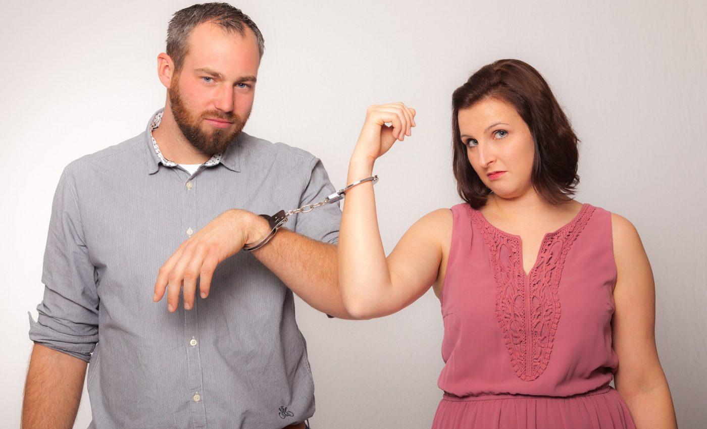 soțul nu este de acord cu divorțul- sfatulparintilor.ro - pixabay_com - pair-3879443_1920