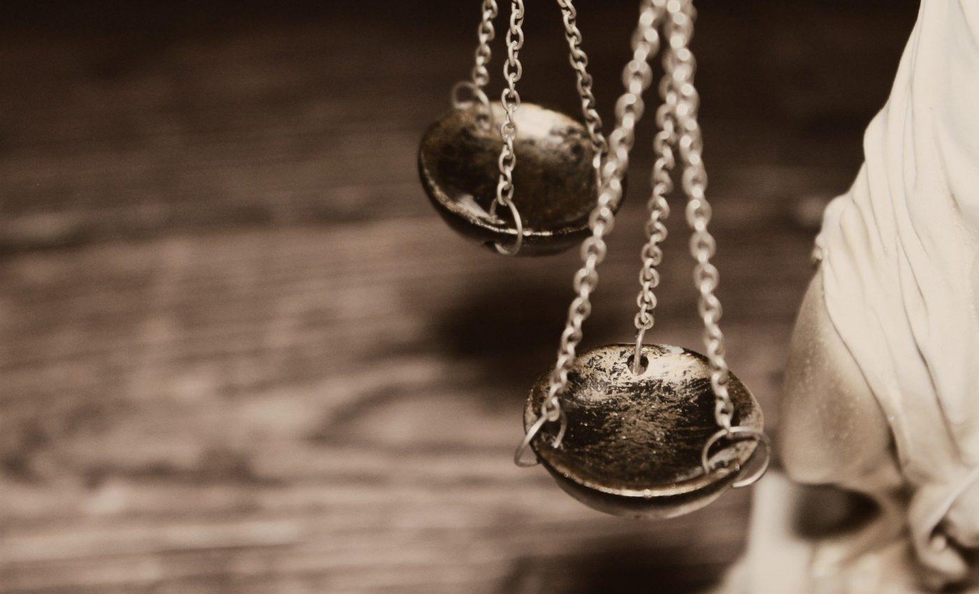 caracteristici balanta - sfatulparintilor.ro - pixabay_com - justice-4592723_1920