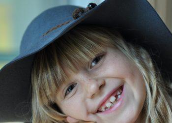 Ce inseamna cand copiii isi scrasnesc dintii