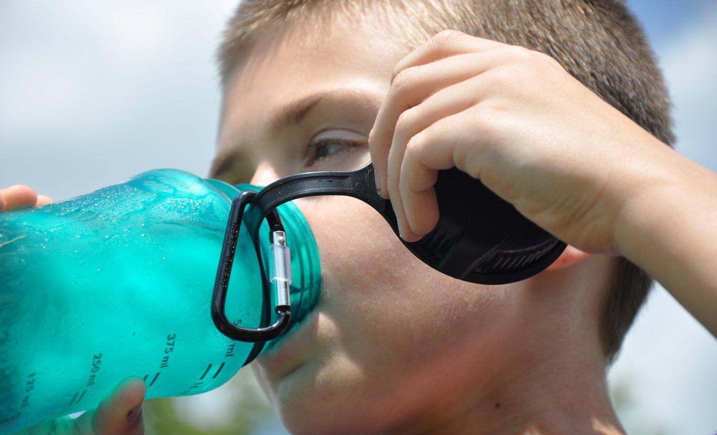 Ce inseamna cand copilul bea multa apa - sfatulparintilor.ro - pixabay_com - thirst-1474240_1920