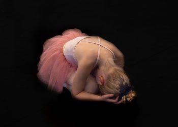 Calatoria pe sarma - sfatulparintilor.ro - pixabay_com - ballerina-1593882_1920
