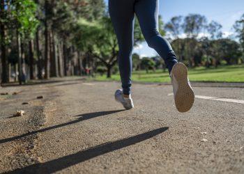 Cand este bine sa alergi - sfatulparintilor.ro - pixabay-com - running-4782722_1920