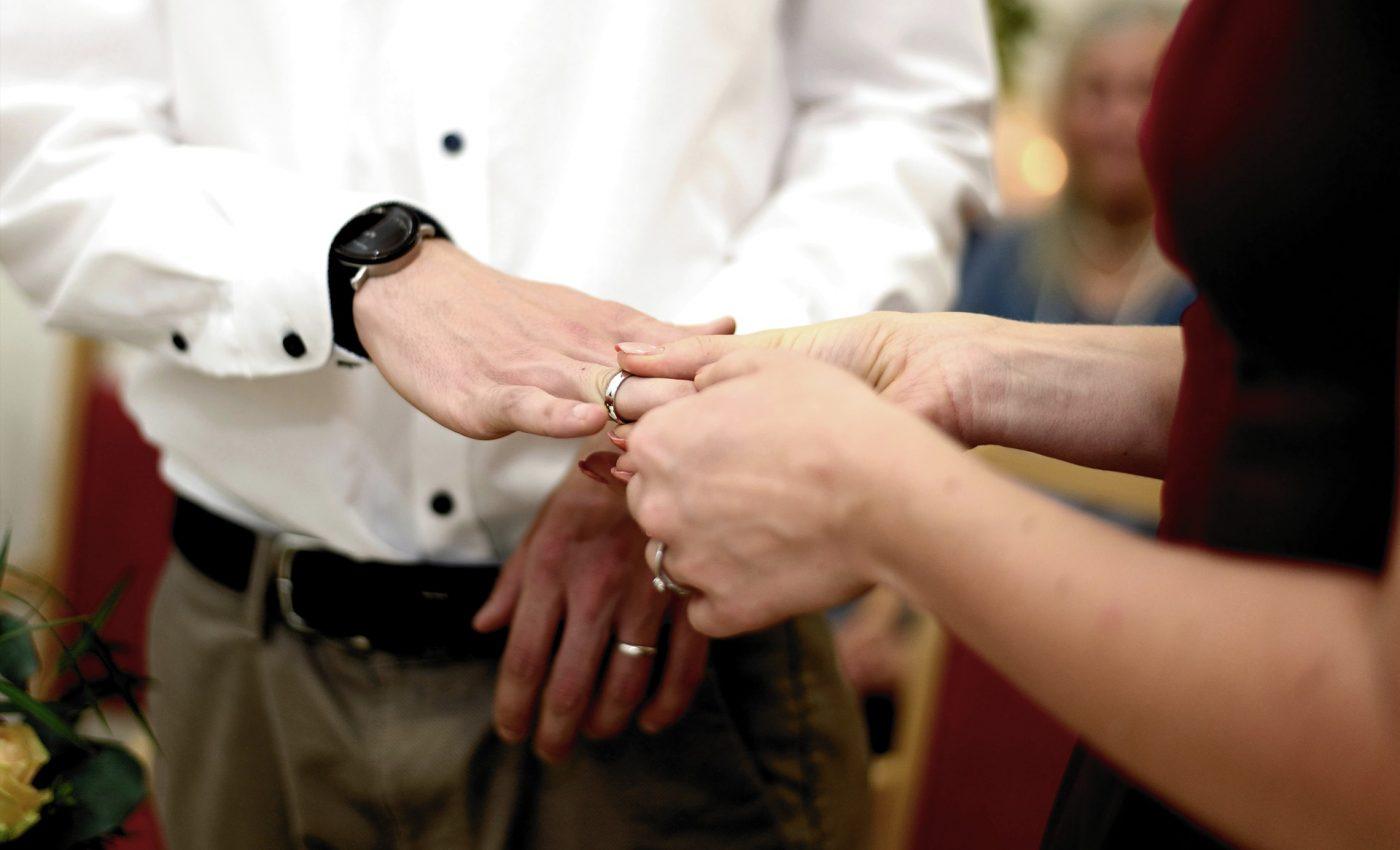 Cand nu e bine sa faci cununia civila- sfatulparintilor.ro - pixabay_com - wedding-4476286_1920