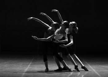 Beneficiile dansului - sfatulparintilor.ro - pixabay_com - ballet-1376250_1920