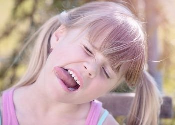 Ce boli vindeca taiatul sub limba - sfatulparintilor.ro - pixabay-com - person-840784_1920