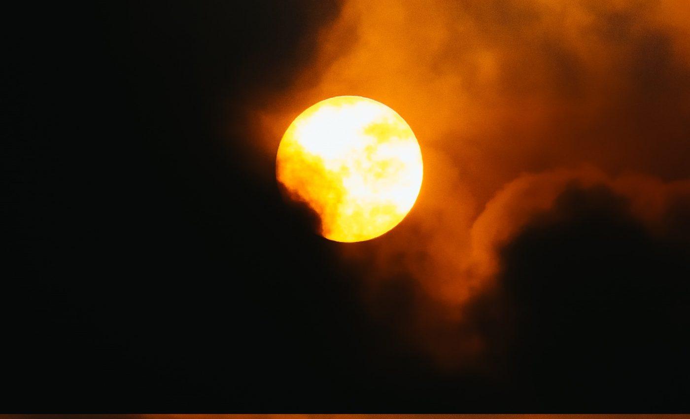 eclipse 2021 - sfatulparintilor.ro - pixabay_com - pexels-teu-caqui-4844099