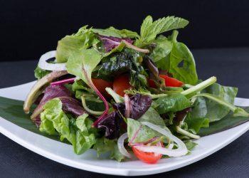 dieta jennifer aniston - sfatulparintilor.ro - pixabay-com - salad-2150548_1920