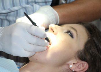 Pot merge la dentist în timpul sarcinii
