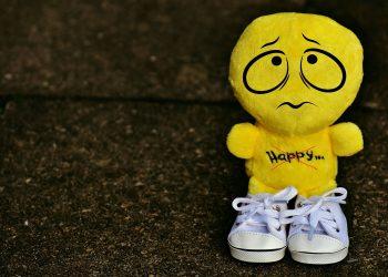energii negative puternice - sfatulparintilor.ro - pixabay_com - smiley-1876309_1920