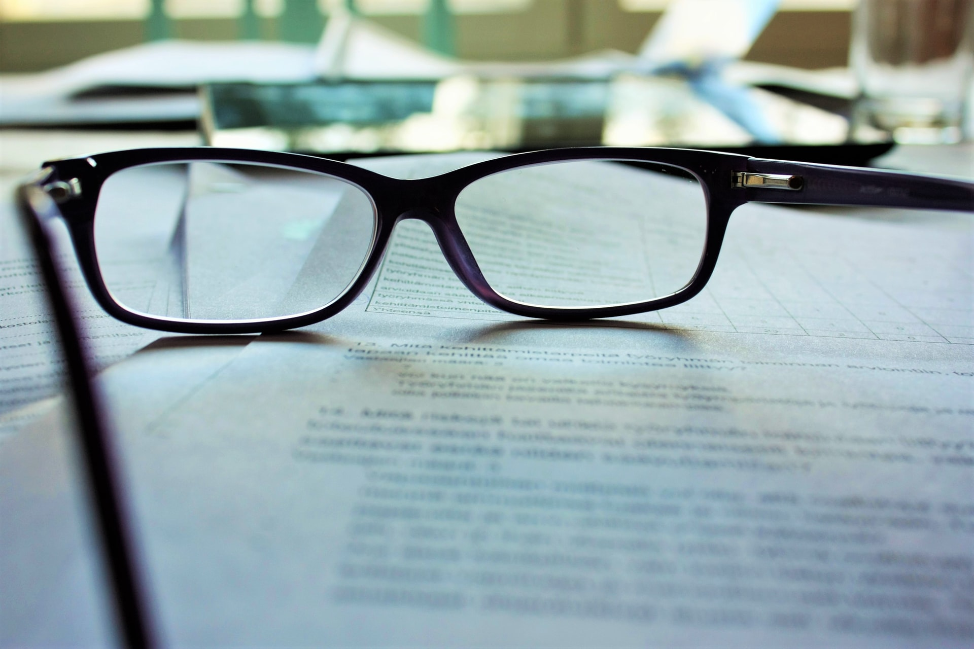 Cu ce se curata ochelarii de vedere - sfatulparintilor.ro - mari-helin-ilSnKT1IMxE-unsplash