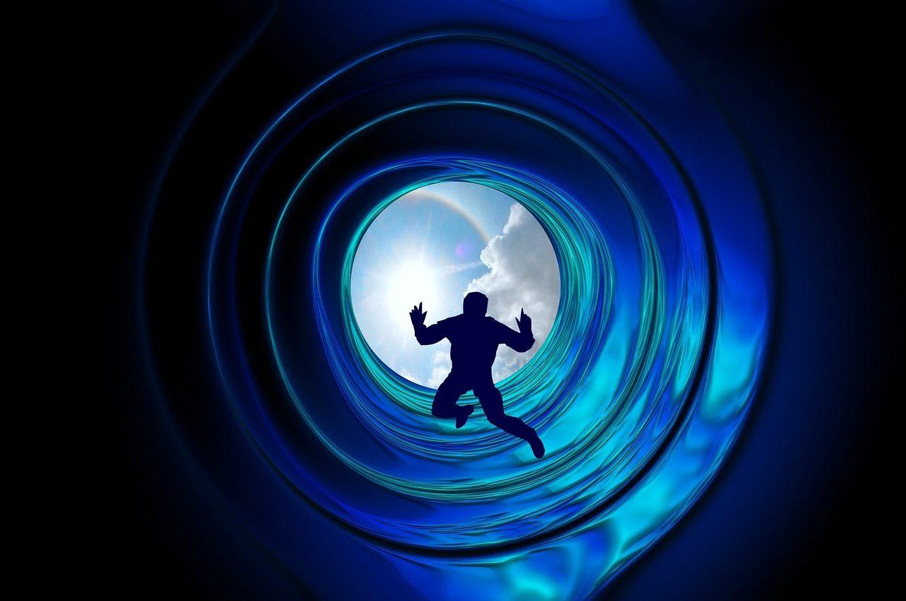 angajamente inainte de reincarnare - sfatulparintilor.ro - pixabay_com - beyond-1087922_1280