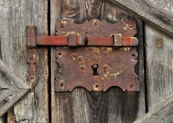 Cu ce se curata rugina - sfatulparintilor.ro - pixabay-com - rust-3745490_1920
