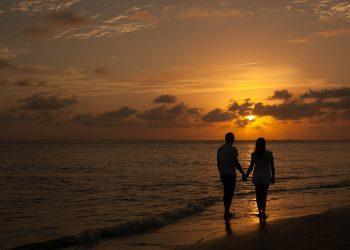 Locuri cu cele mai frumoase apusuri - sfatulparinitlor.ro - pixabay_com - by-sunsets-3918367_1920