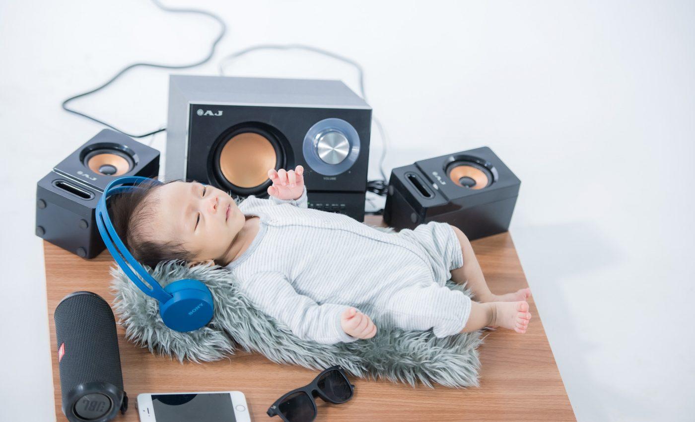 Are bebelusul nevoie de muzica - sfatulparintilor.ro - pixabay_com - newborn-6328833_1920
