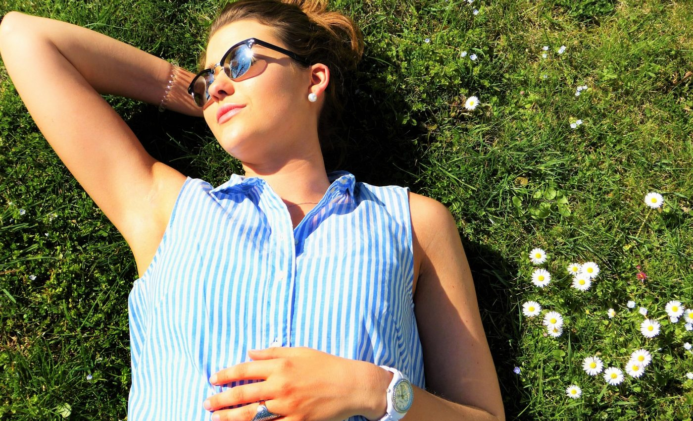Cum iti dai seama ca ai deficienta de vitamina D - sfatulparintilor.ro - pixabay_com - young-woman-2194044_1920