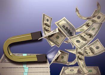 Cum sa atragi banii - sfatulparintilor.ro - pixabay_com - magnet-1189869_1920