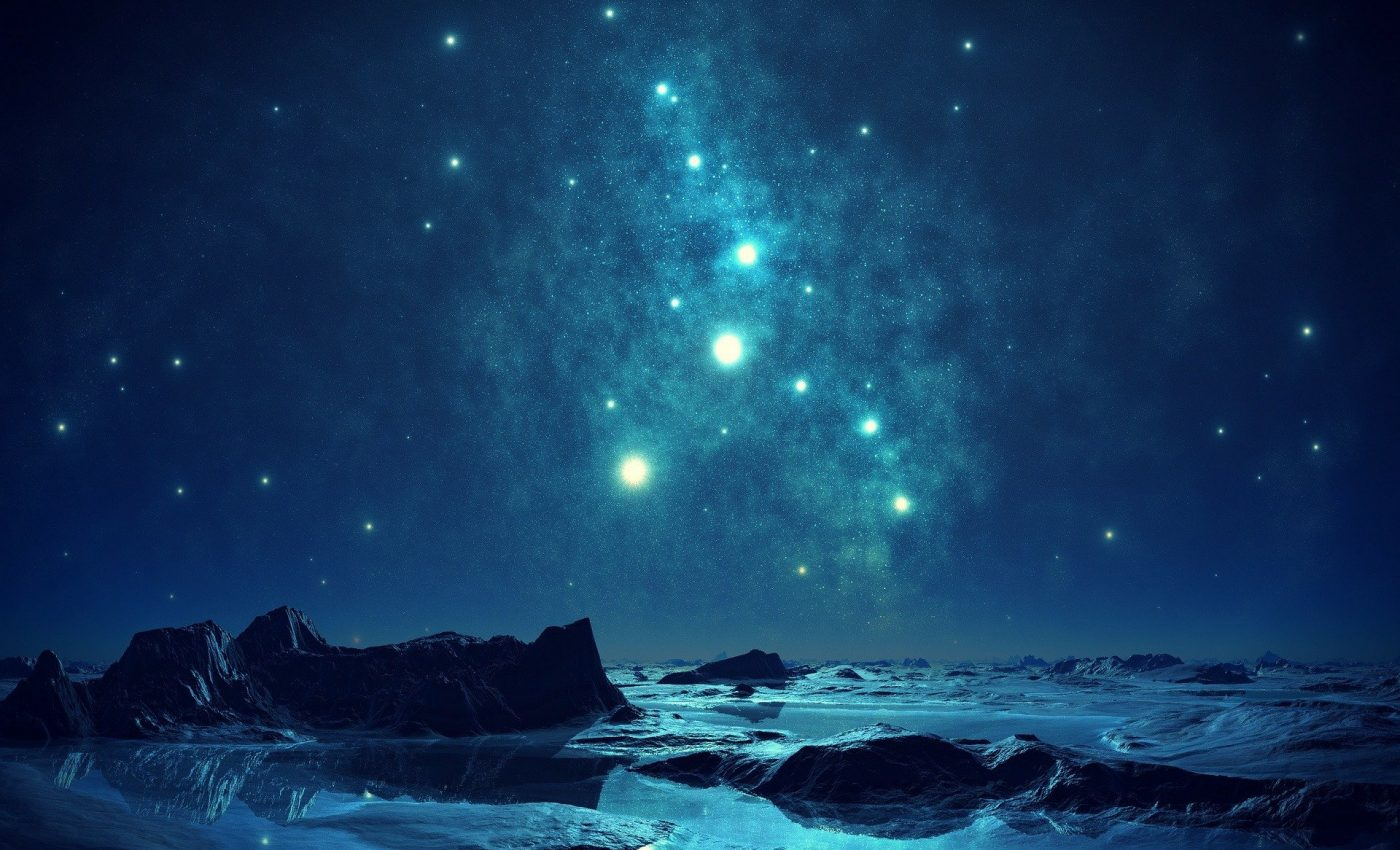 Evenimente astrologice AUGUST 2021 - sfatulparintilor.ro - pixabay_com - blue-259458_1920